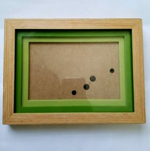 "Wooden frame 5x6"" photo"